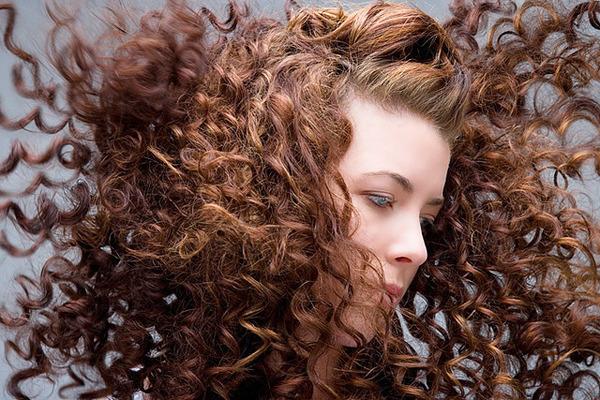 dicas-para-cabelos-cacheados-julio-crepaldi-03